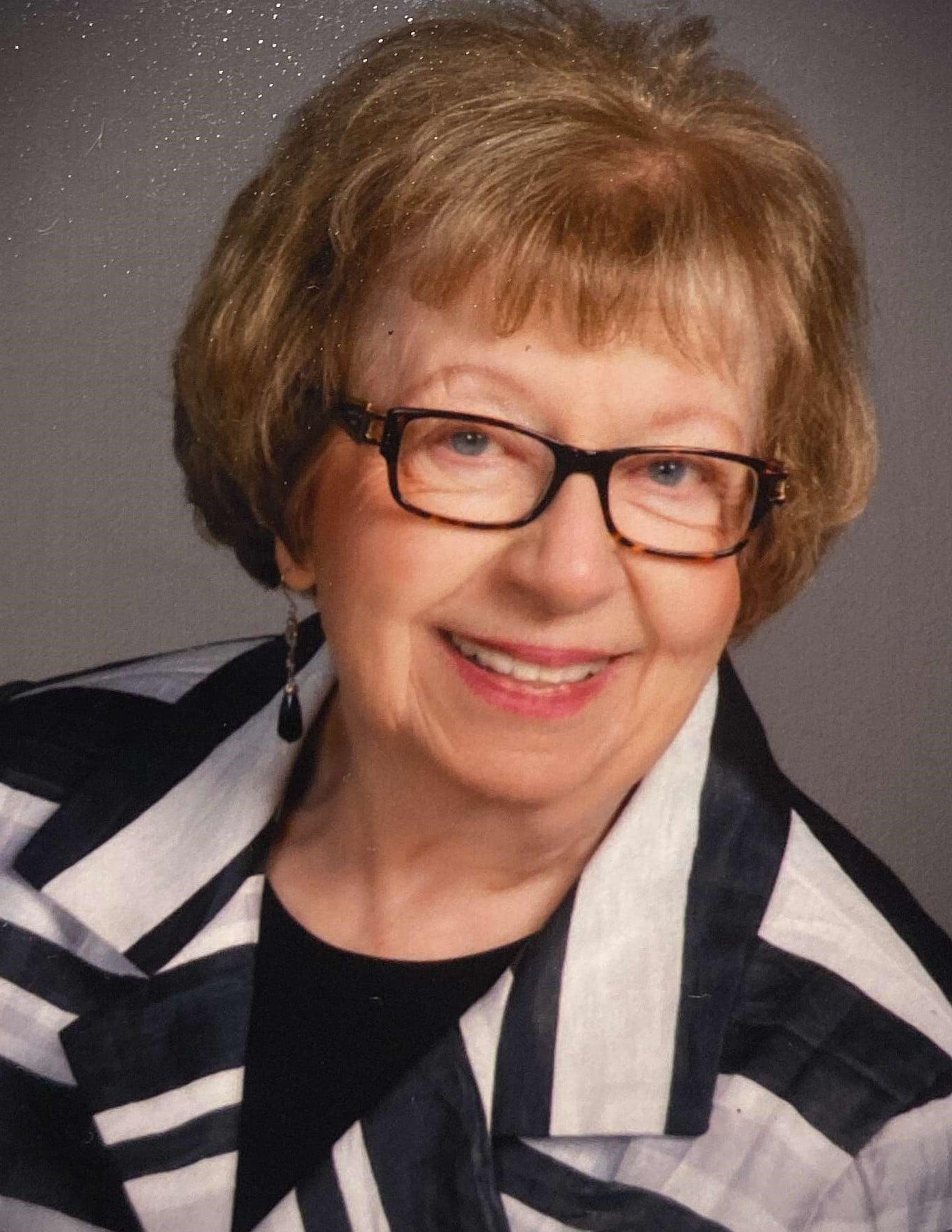 Peggy Lou Deyak